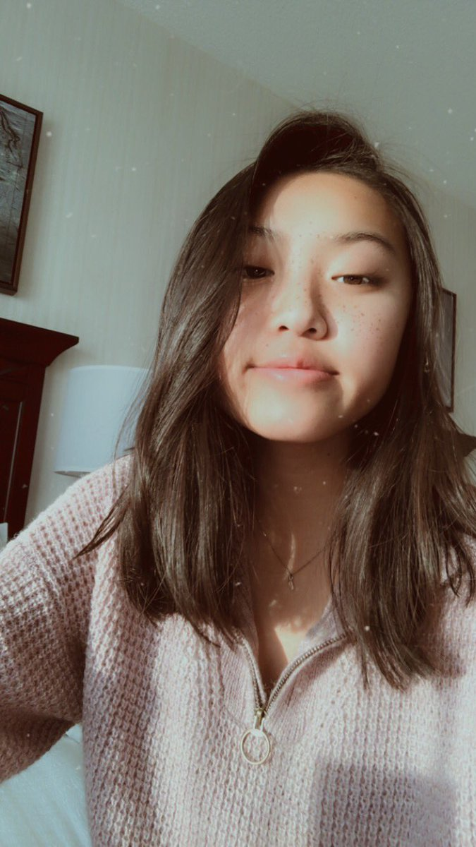 hi i'm paris and i'm from the bay areaaa. u can catch me chillin in conors lane (tbh all of them rly) a fun fact abt me is that i'm usually late to events in the morning because i like to sleep in. i would love to make some new friends so please dm me:) #IRLWORLDWIDE