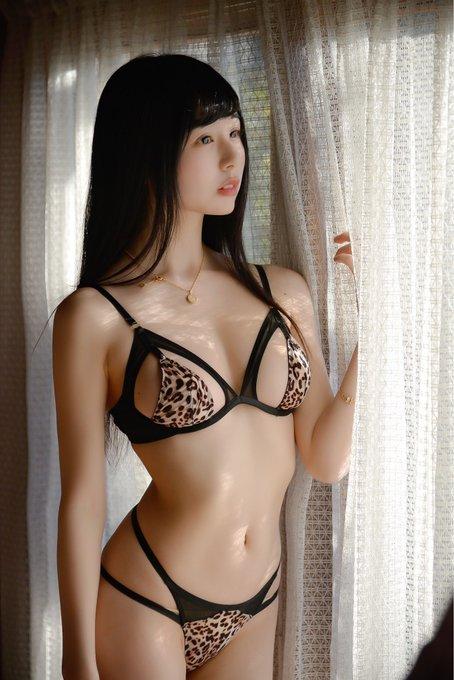 グラビアアイドルくりえみのTwitter自撮りエロ画像3