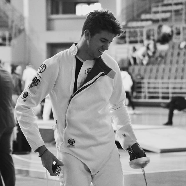 #photodaily #instaphoto #fencer #fencing #fencingposts #bnw #epee #britishfencingteam #elite #smile #sports #positiveenergy https://ift.tt/382t3KNpic.twitter.com/WvHsbMCXgh