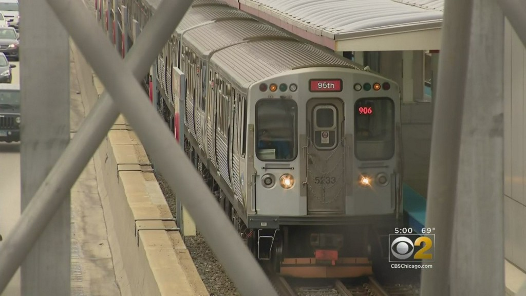 Police Apprehend Suspect After Man Is Robbed On Red Line At 47th chicago.cbslocal.com/2020/01/12/pol…
