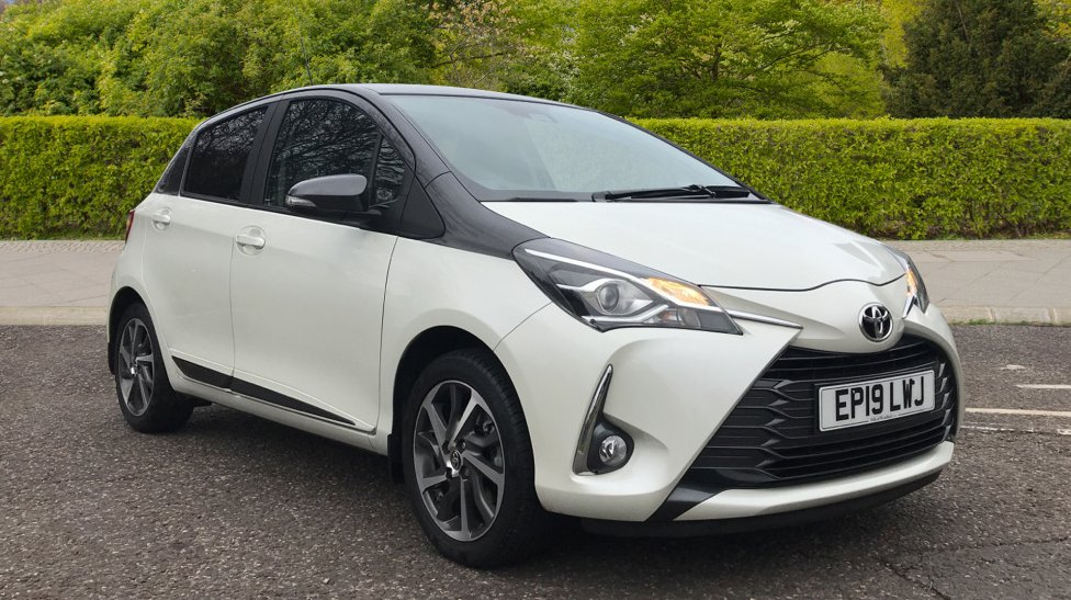This weeks car of the week is this eye-catching white Yaris. £13,400 6,994 miles Manual 1.5L Find out more here - https://loom.ly/RQ9ziqo #CarOfTheWeek #Yaris #Woodford #ToyoytaWoodfordpic.twitter.com/AmNcJDI6zC
