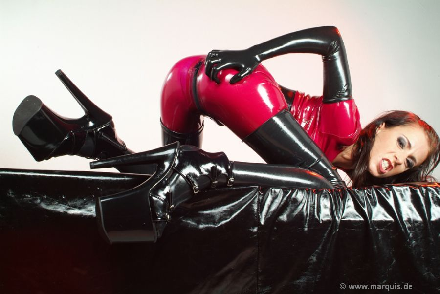 Gilrs In Latex Spandex Leather Rubber Boots Rear Photosets Redtube 1