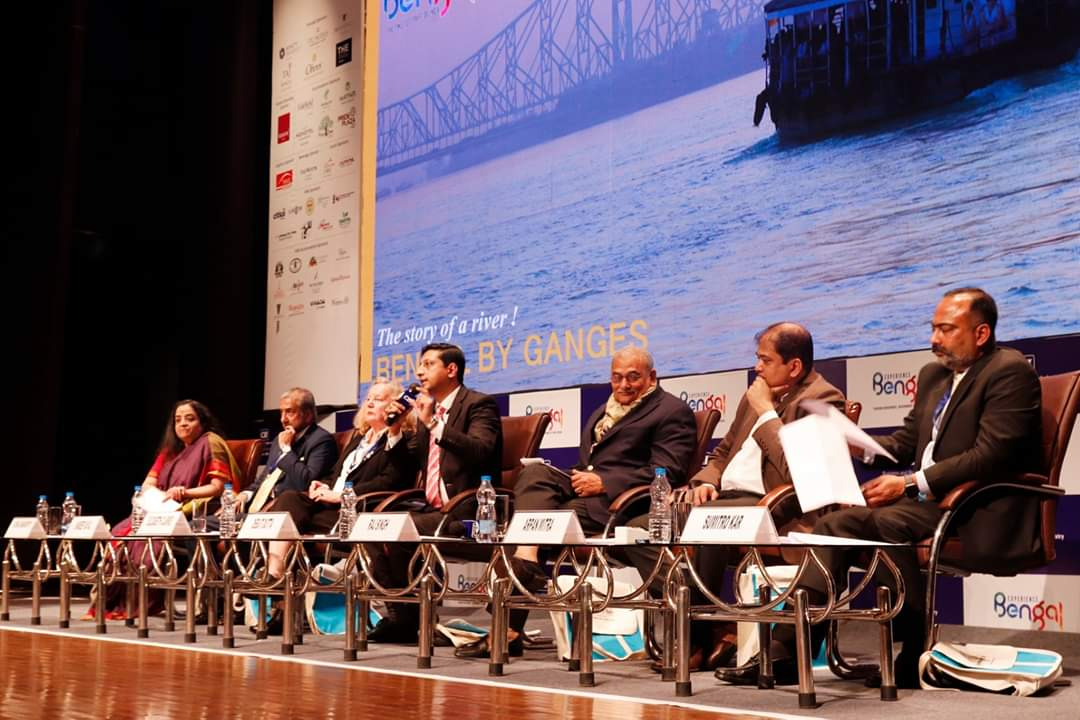 Moments from a session at #DestinationEast with panelists, Ms. Elizabeth Clarke, Mr. Raj Singh Singh, Mr. Sandeep Dayal, Mr. Arpan Mitra, Mr. Sumitro Kar, Ms. Sushila Ramamoorthy, chaired by Mr. Debjit Dutta.   #BengalTourism #ExperienceBengalpic.twitter.com/dRwFWRbMmO