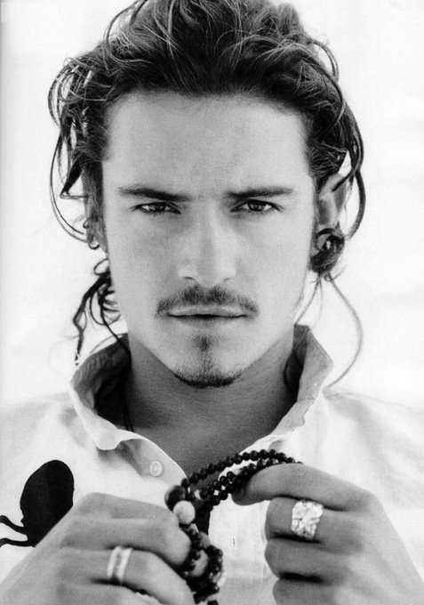 Happy Birthday to Orlando Bloom who turns 43 today!