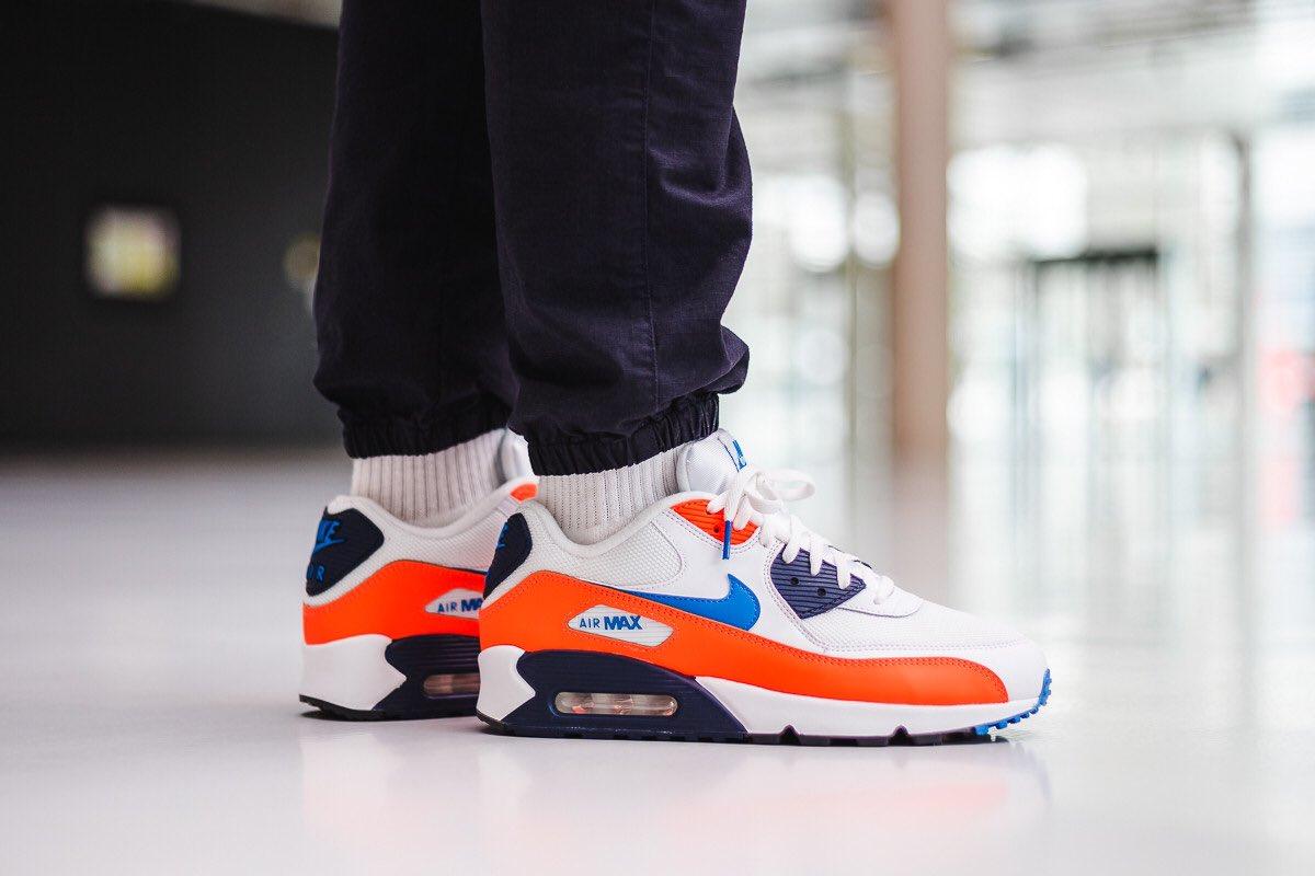 nike air max 90 essential (white / photo blue - total orange)