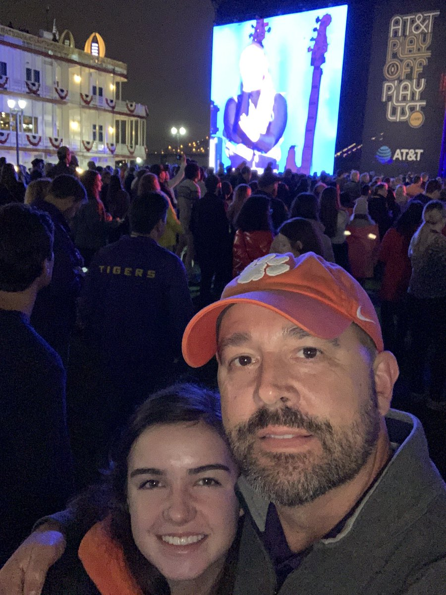 #ATTPlayoffPlaylistLive Sophie and I listening to @Meghan_Trainor. She was amazing. #ALLIN #CFPNationalChampionshippic.twitter.com/MYwrEWvAdk