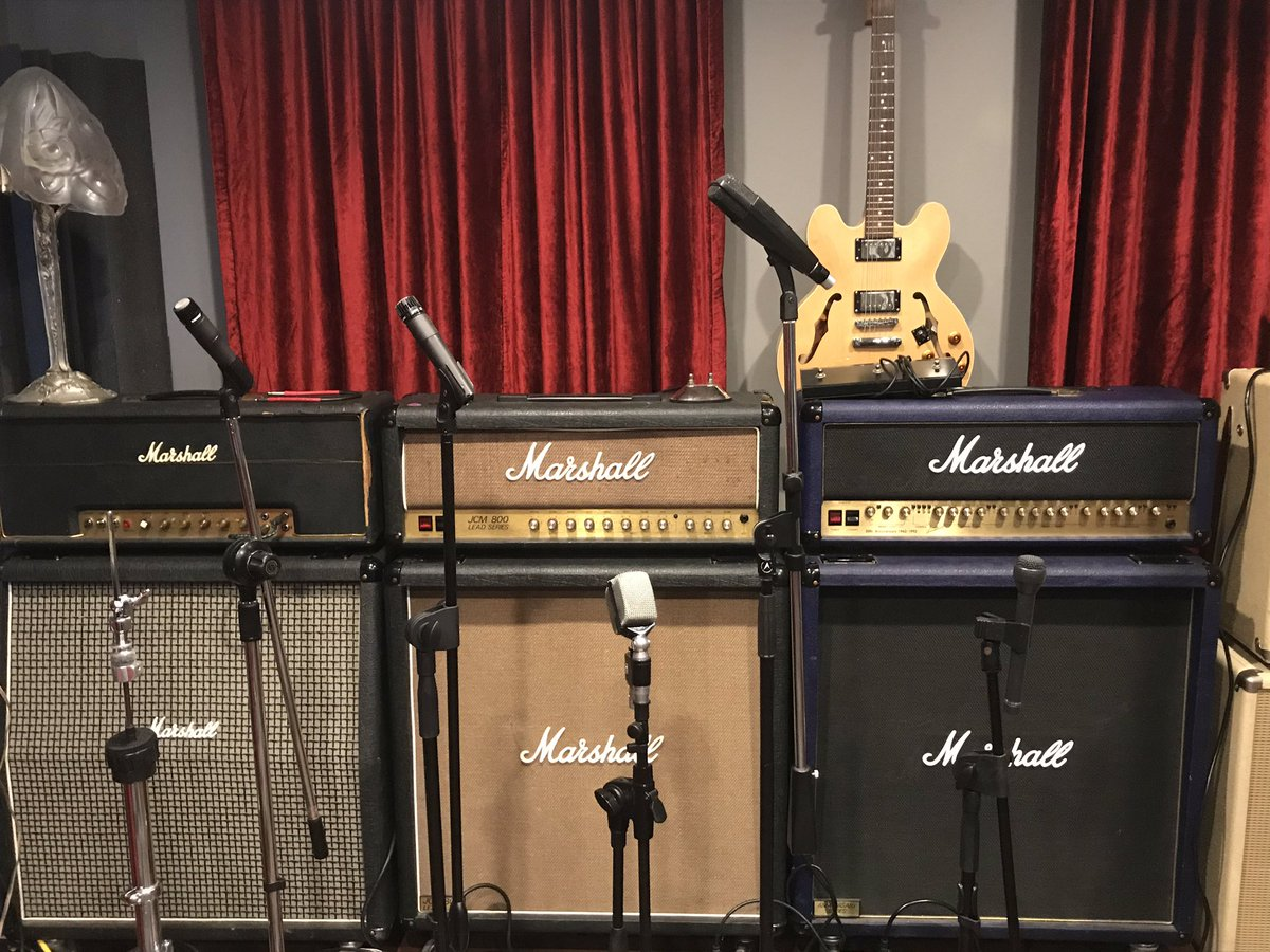 In the recording studio...one day at a time #marshall #guitaramps #MondayMorning #music #LastChanceRiderspic.twitter.com/LkwU14VPSF