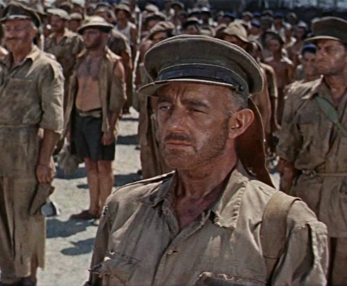 When Oscar Goes to War – Check Out the Ultimate List of Academy Award-Winning War Movies. militaryhistorynow.com/2017/01/24/whe… #Oscars2020 #OscarNoms #1917Film