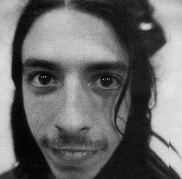 Happy Birthday Om Dave Grohl...