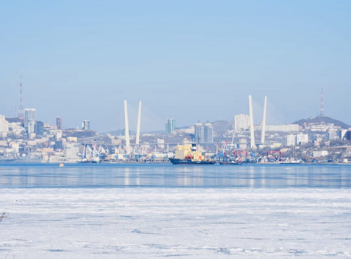 Фото моря во владивостоке зимой