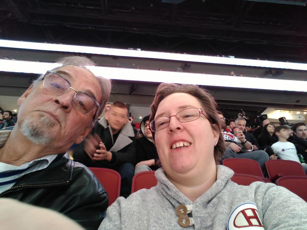HABS GAME tonight #habselfie. <br>http://pic.twitter.com/BOvYtm0gHP