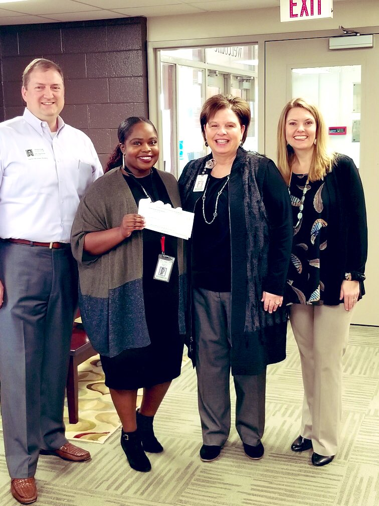 God is STILL in the BLESSING business!!! Thanks @GISD_Foundation for my scholarship!!!! #BlessedandFavored #Futurecounselor <br>http://pic.twitter.com/hl7DFsF68M
