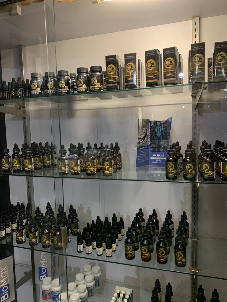Fully stocked with the luxury, effective Pure Cannaceuticals.  Sublingual oils, capsules, skin care, pet relief & balm. Come in a try it for yourself! #purecannaceutical #cbdoil #cbd #cbg #bestcbd #hempyregenetics #314 #stlouis #stlouisgram #stlouisinsta #wanderthewooddtk #63122 https://t.co/yhp7JlCe73