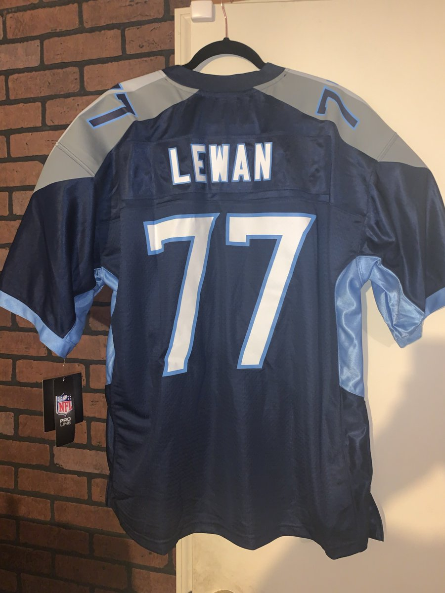 🚨🚨#TITANS GIVEAWAY🚨🚨The Titans are heading to the AFC Championship & YOU have a chance to win this AUTHENTIC @TaylorLewan77 Nike jersey size XL & trading card.Retweet for a chance to win. Winner must be following & will be selected   Thursday. #TAKEEVERYTHING#NoBadDays