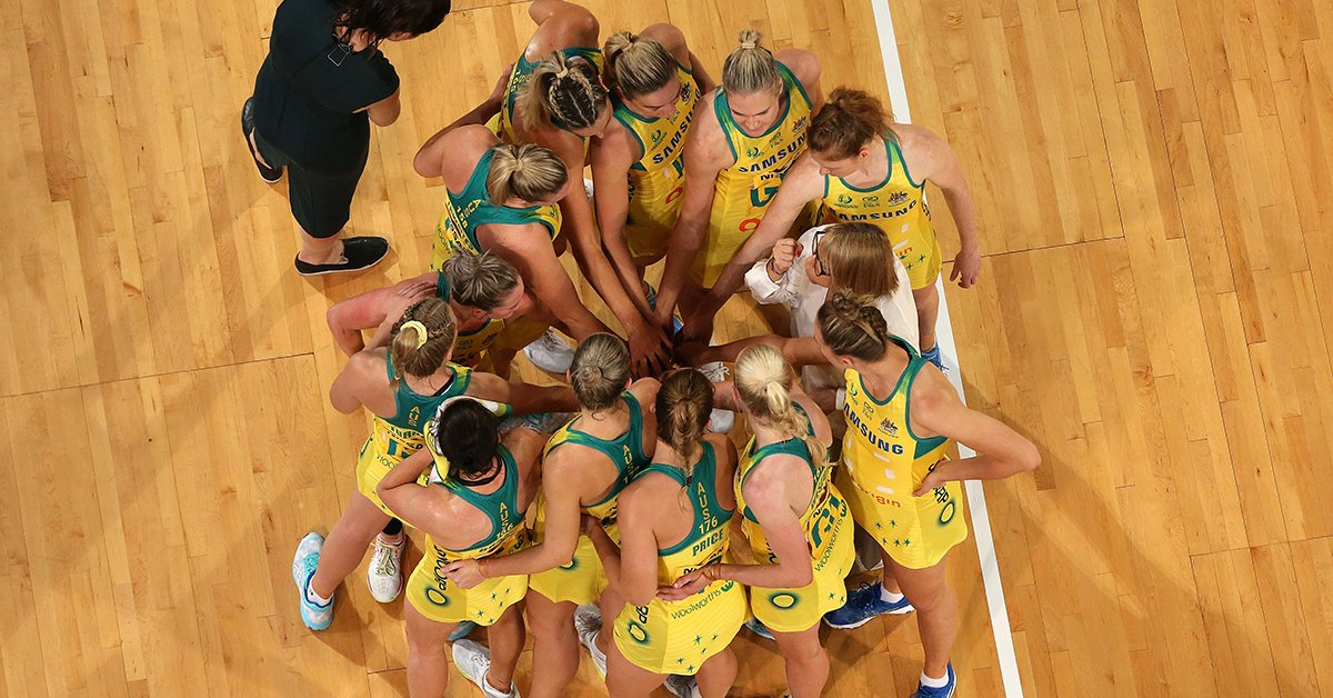 The @AussieDiamonds and a Suncorp Super Netball All Stars team will play a bushfire relief fundraising showcase match at Sydney's Qudos Bank Arena on March 1st.  Full details here - https://supernetball.com.au/news/diamonds-and-super-netball-unite-bushfire-benefit …