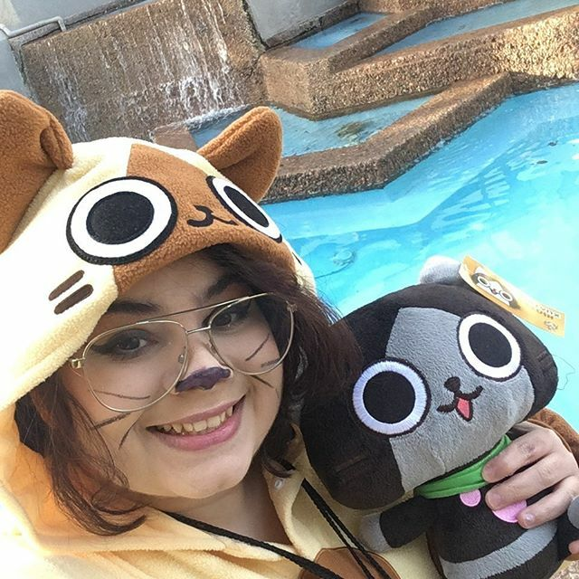 N Y A  ---- @taiyoucon #monsterhunterworld #monsterhunter #monsterhuntercosplay #felyne #melynx #kawaiicosplay #kigurumi #kigu #capcom #capcomcosplay #taiyoucon2020 #taiyou #taiyoucon #cosplay #cosplayselfie #cosplayer @arizonacosplay https://ift.tt/36PQ9E5 pic.twitter.com/oFOPaFwSY5