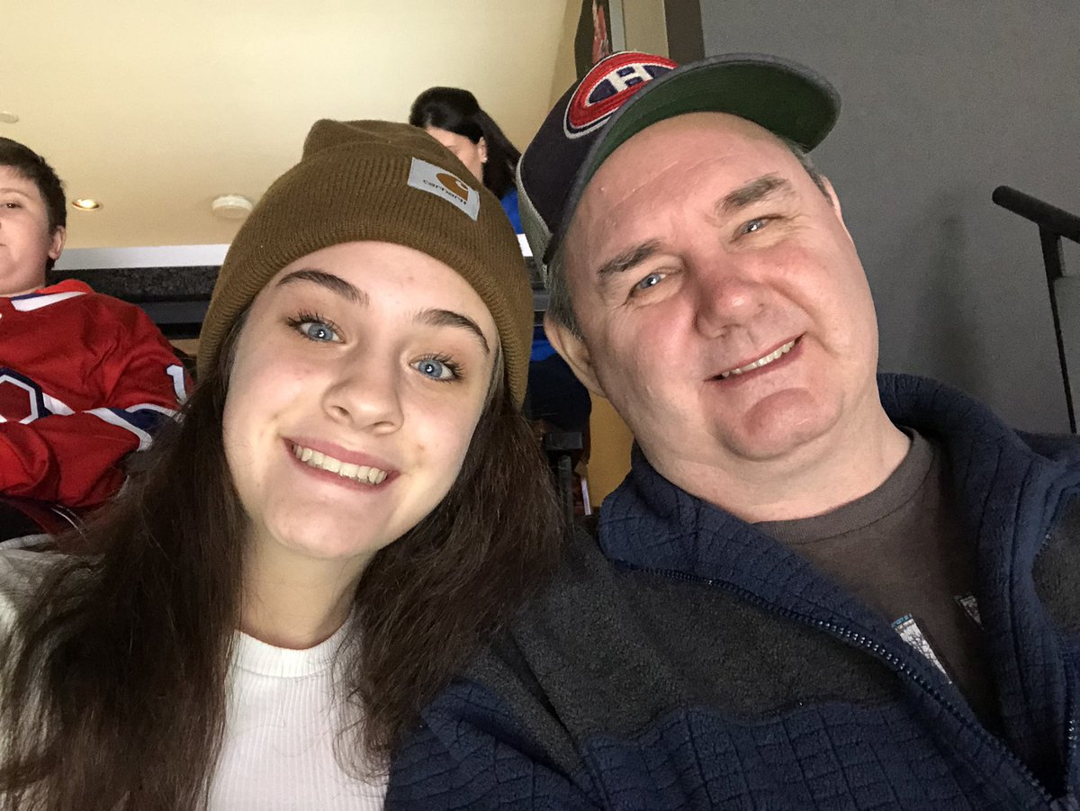 #habselfie First habs game with Dad! <br>http://pic.twitter.com/XVee8sHj3V