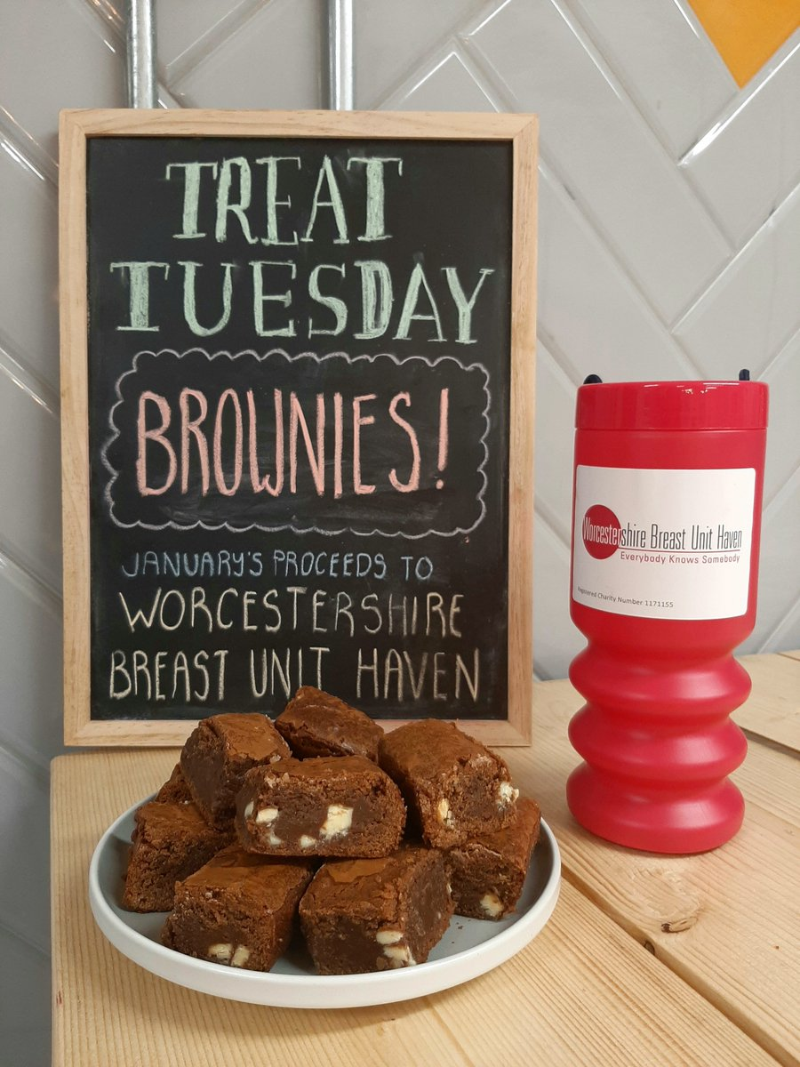 It's Treat Tuesday & this week we've been generously donated brownies baked by Danni from @f8creates' little sister Nicole.   Thanks Colly for being super kind!  This months donations are heading to @wbuhaven so do a good deed & eat some cake!  #TreatTuesday #WorcestershireHourpic.twitter.com/OAO4RosRx7