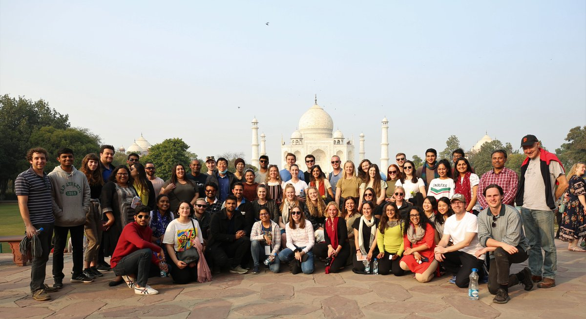 Incredible India!  Our visiting Australian @NewColomboPlan scholars are having a great time on the India Immersion Programme.   A visit to the Taj Mahal in Agra yesterday was definitely a highlight cc @JindalGlobalUNI @MPNaveenJindal @MarisePayne