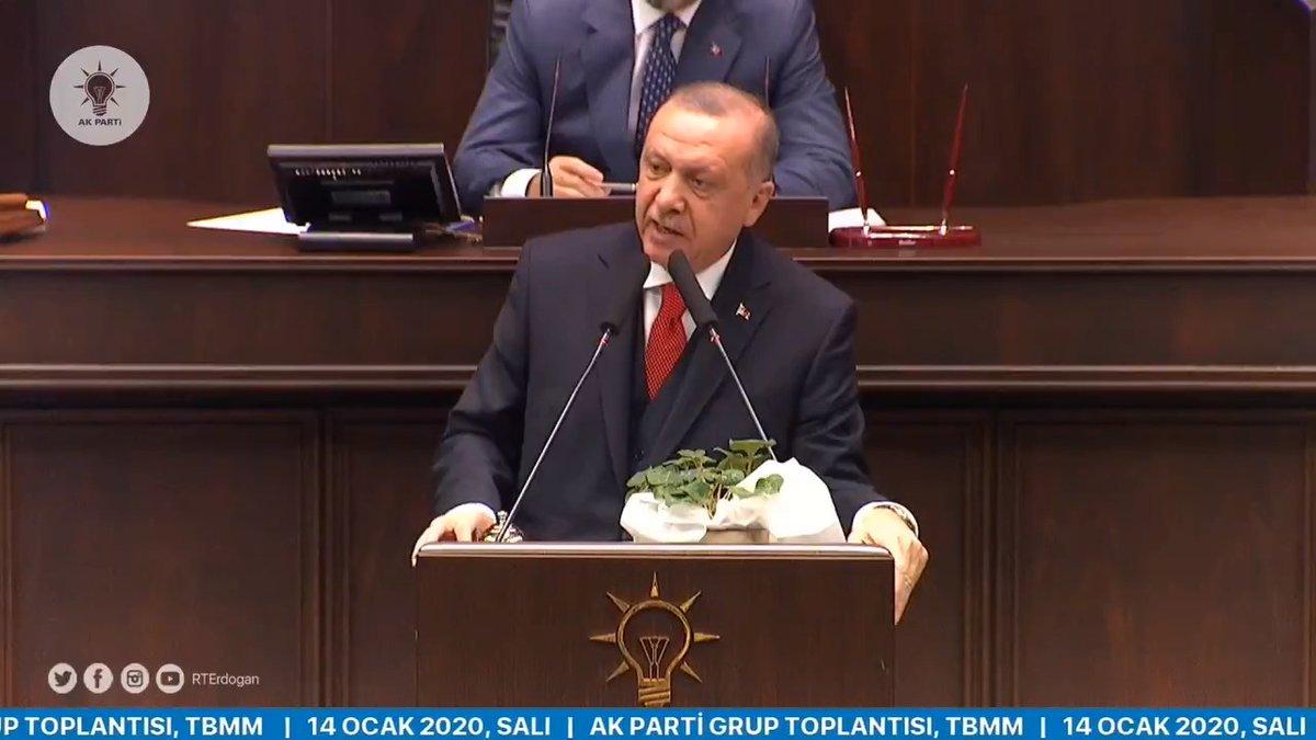 """""""Külliyeye giden CHP'li"""" veya """"Putin İstanbul Havalimanına inemedi"""" yalanına sarıldıkları kadar, ülkenin menfaatlerine sahip çıkmayanları milletimize havale ediyoruz."""