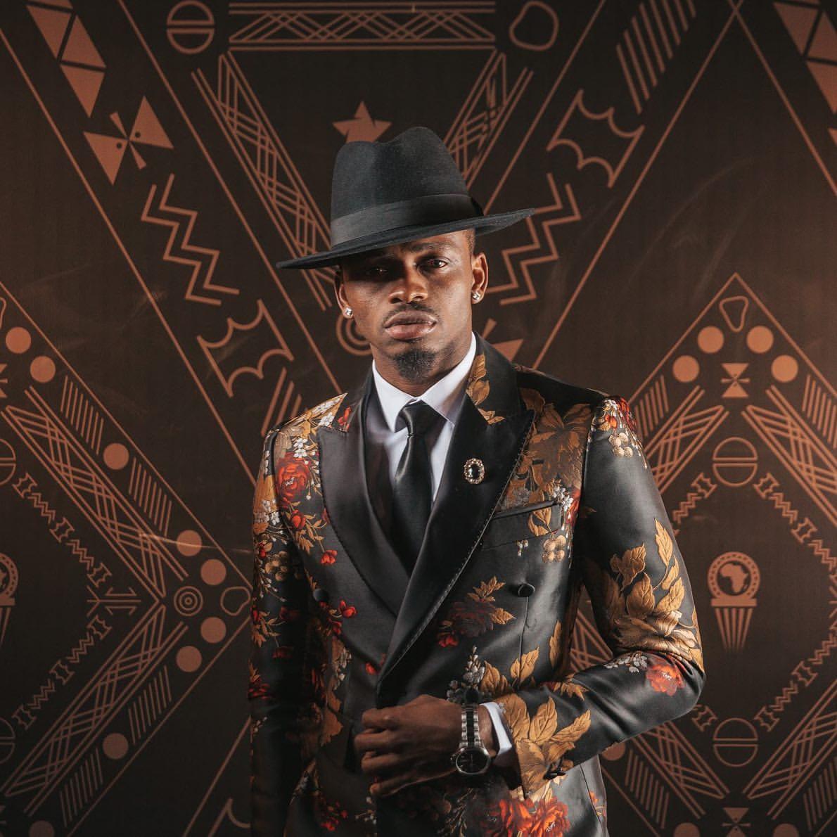 #DiamondPlatnumz #BABALAO #AfricanInfluencer #WCB4LIFE #Simba_wa_morogoro #SimbaWaMorogoro Cc @diamondplatnumzpic.twitter.com/O133yhQIjb