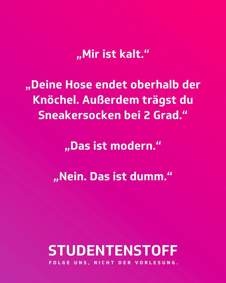 Auf den Punkt #studentenstoff #hose #socken #kleidung #winter #kalt #kälte #mode #stil #studentenleben #socke #dummheit #jugendvonheute #studium #jodel #jodelapp #bestofjodel #jodeldeutschland #sprüche #spruchpic.twitter.com/5wiDNVzr8X