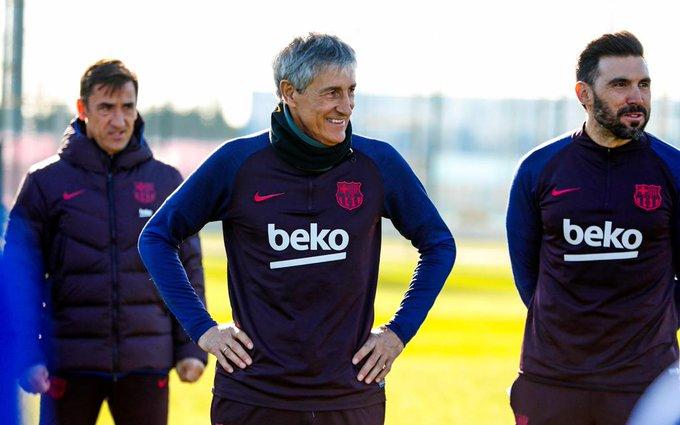 EOPMvUHXsAAAMQK?format=jpg&name=small Setién habló sobre Messi, el sustituto de Suárez, el sistema y los refuerzos - Comunio-Biwenger