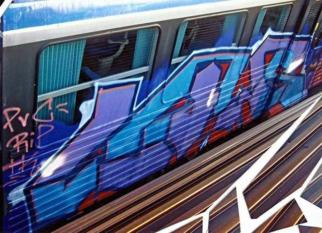 "LAWS PVC RIP TK @peter.stelzig — #berlin #graffiti #berlingraffiti #graffitiberlin #fotoboom #bombing #trains #belgiumtrains #граффити — © BERLIN GRAFFITI — FROM ""FOTOBOOM - INTERRAIL 2008"" ON https://berlingraffiti.de/  https://www.instagram.com/p/B7TEIGZpezp/ pic.twitter.com/kibqY600zo"
