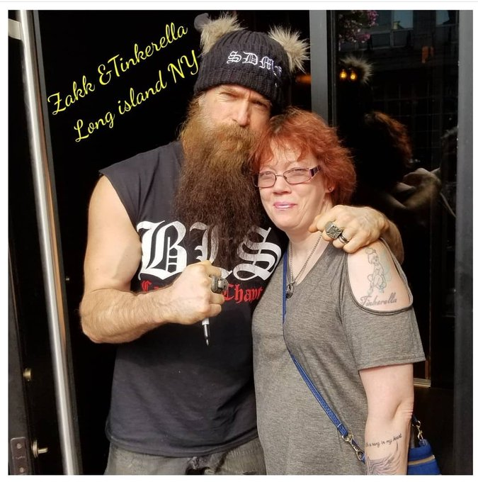Happy birthday to Zakk wylde  Enjoy the day.