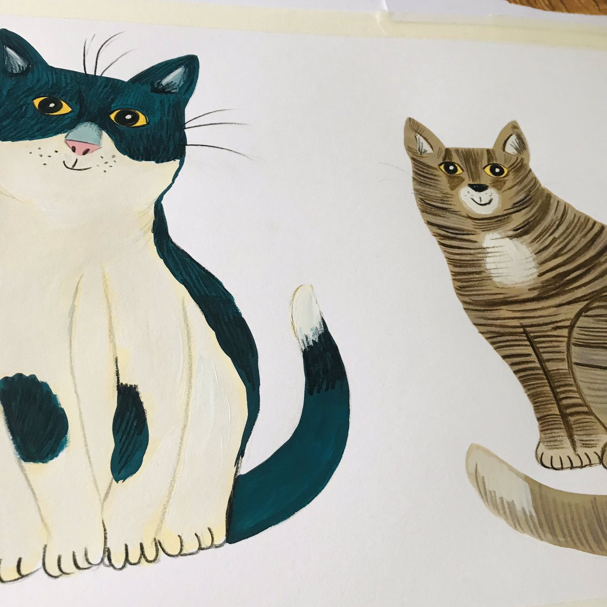 #wip am painting cats today for a fab new project ^..^ #cats #illustrations #onmydesk #gouache #catpic.twitter.com/DVllOu4WxZ