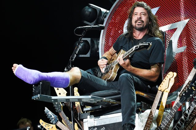 Happy Birthday to my Daddy Rock God  #DaveGrohl  LOVE YAAAAAA!!! <br>http://pic.twitter.com/NBox2pclj0