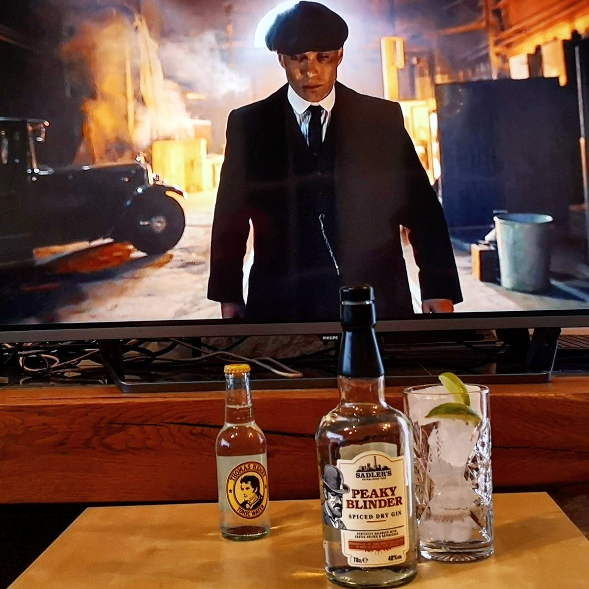 By Order of the F*cking Peaky  Blinders!  Distilled for the eradication of seemingly incurable sadness.  Cheers to you all you bloody m*ther f*ckers! !  #ginurway #ginfans #peakyblinder #GinUrWayMedals #ginandtonic @peakyblindersofficial @shelby_public_house pic.twitter.com/kLddHdEk5o