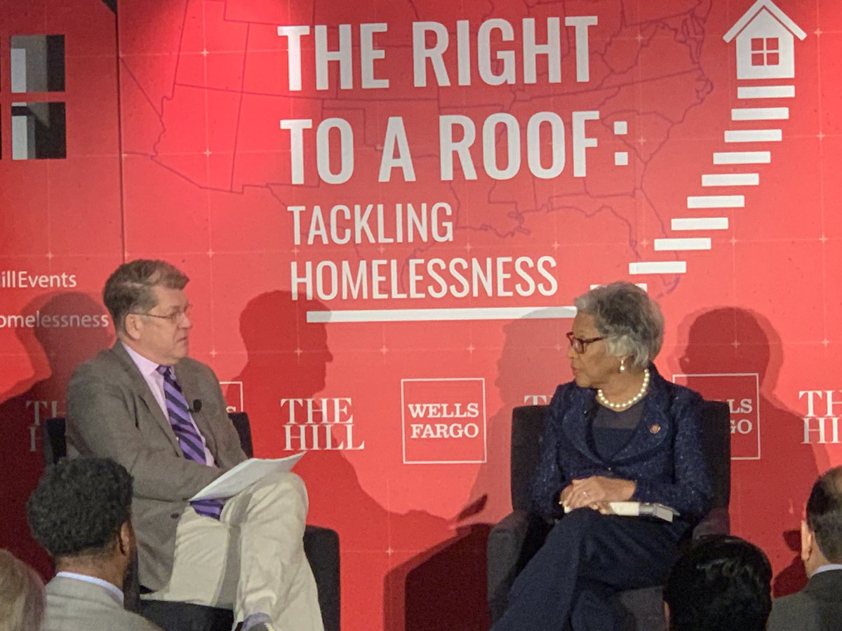 """Important conversation on tackling homelessness this morning at @TheHillEvents' """"Right to Roof."""" #TheHillHomelessness <br>http://pic.twitter.com/pcLj9JsfVc"""