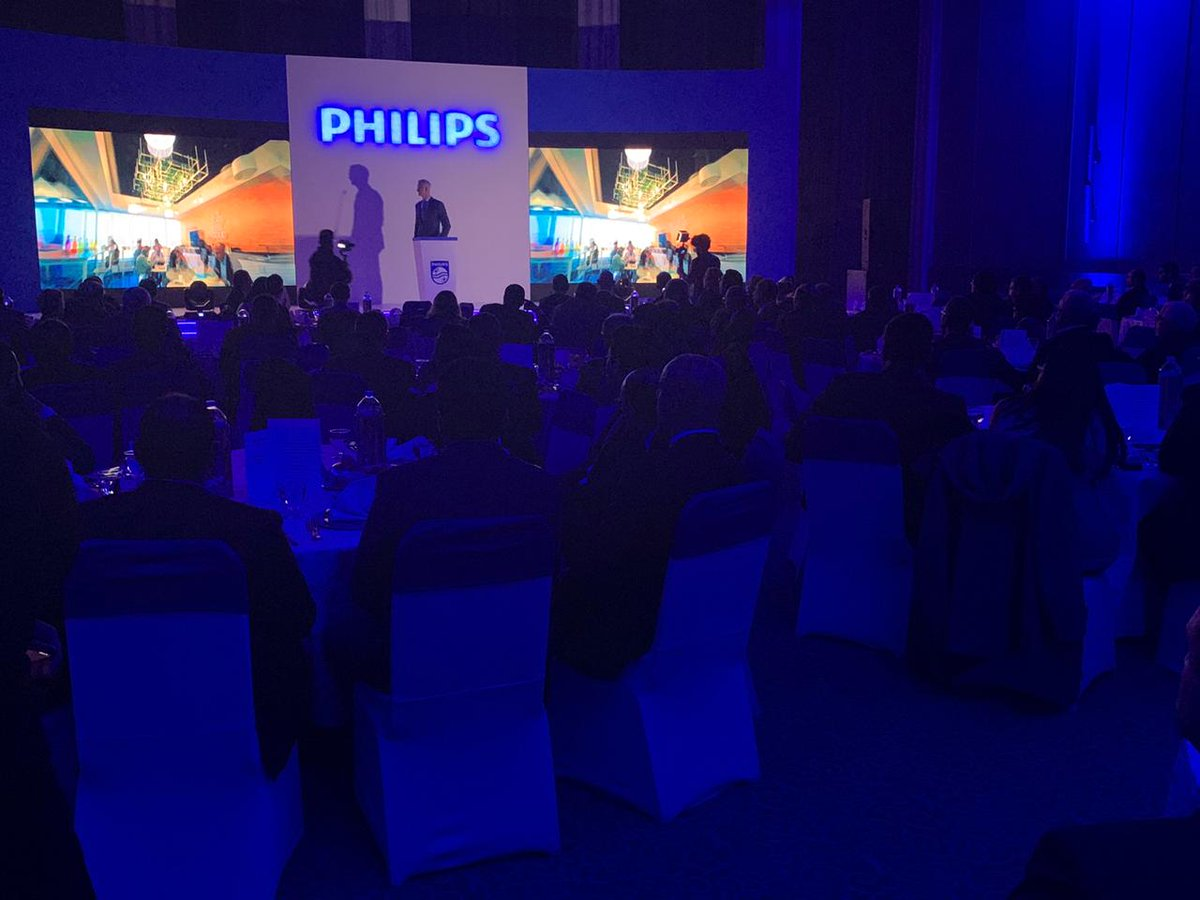 Welcome to 2020! Philips is excited to discuss the future of health care:   innovation, transformation and disruption - and Philips upcoming transformation. #FutureOfHealthCare  #NewDecadeFreshStart https://t.co/JKDz5jiQZ0
