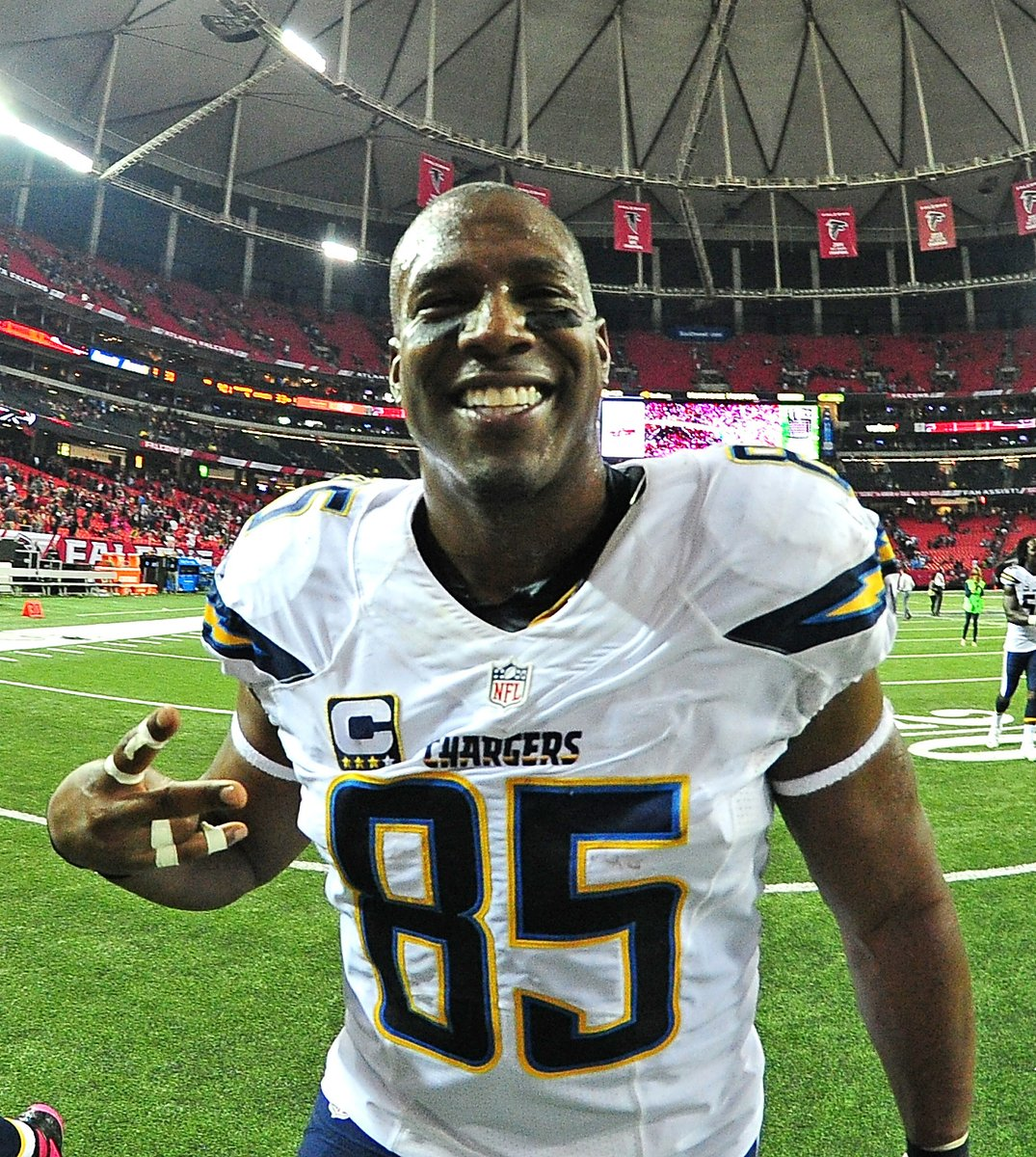 Antonio Gates has announced his retirement after 16 seasons in the NFL.  One of the greatest tight ends ever.