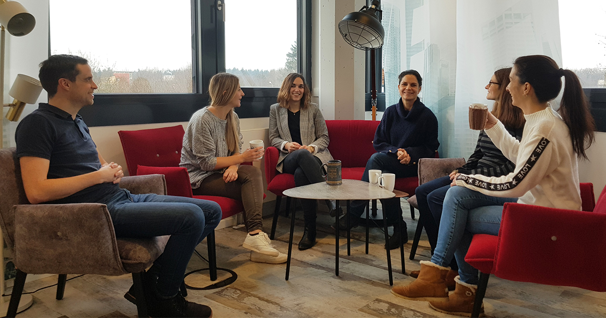 Have you heard of the Smart Customer Applications team? In cooperation with authors, editors and product managers, they develop smart, interactive tools that help our customers being faster in solving problems.  #whoweare #whatwedo #haufegroupfreiburg #insights #butfirstcoffee https://t.co/pkbCo0gLHB