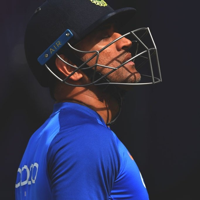 India at Wankhede against Australia in ODI  Lost (1996) Lost (2003) Win (2007) Lost (2020)*  That 1 win came under #Dhoni's Captaincy   #INDvsAUS <br>http://pic.twitter.com/nXPBwuMw0w