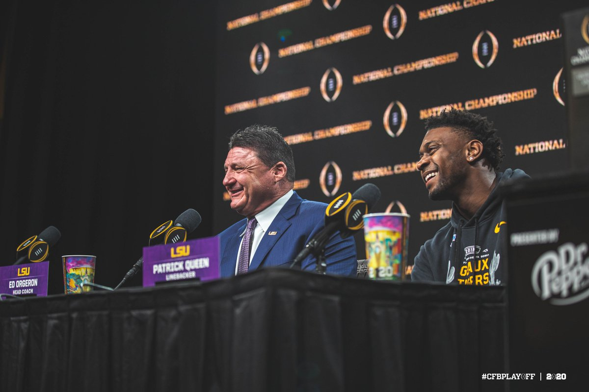 All smiles. 😁 @CFBPlayoff x #NationalChampionship #GeauxTigers @LSUfootball