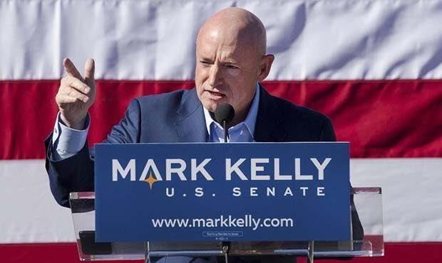 BREAKING: Arizona Democratic U.S. Senate candidate Mark Kelly has outraised Republican Martha McSally with over $6.4 million this quarter! This is the fourth straight quarter he has outraised McSally. RETWEET if you support Kelly as he runs to turn Arizona Blue!