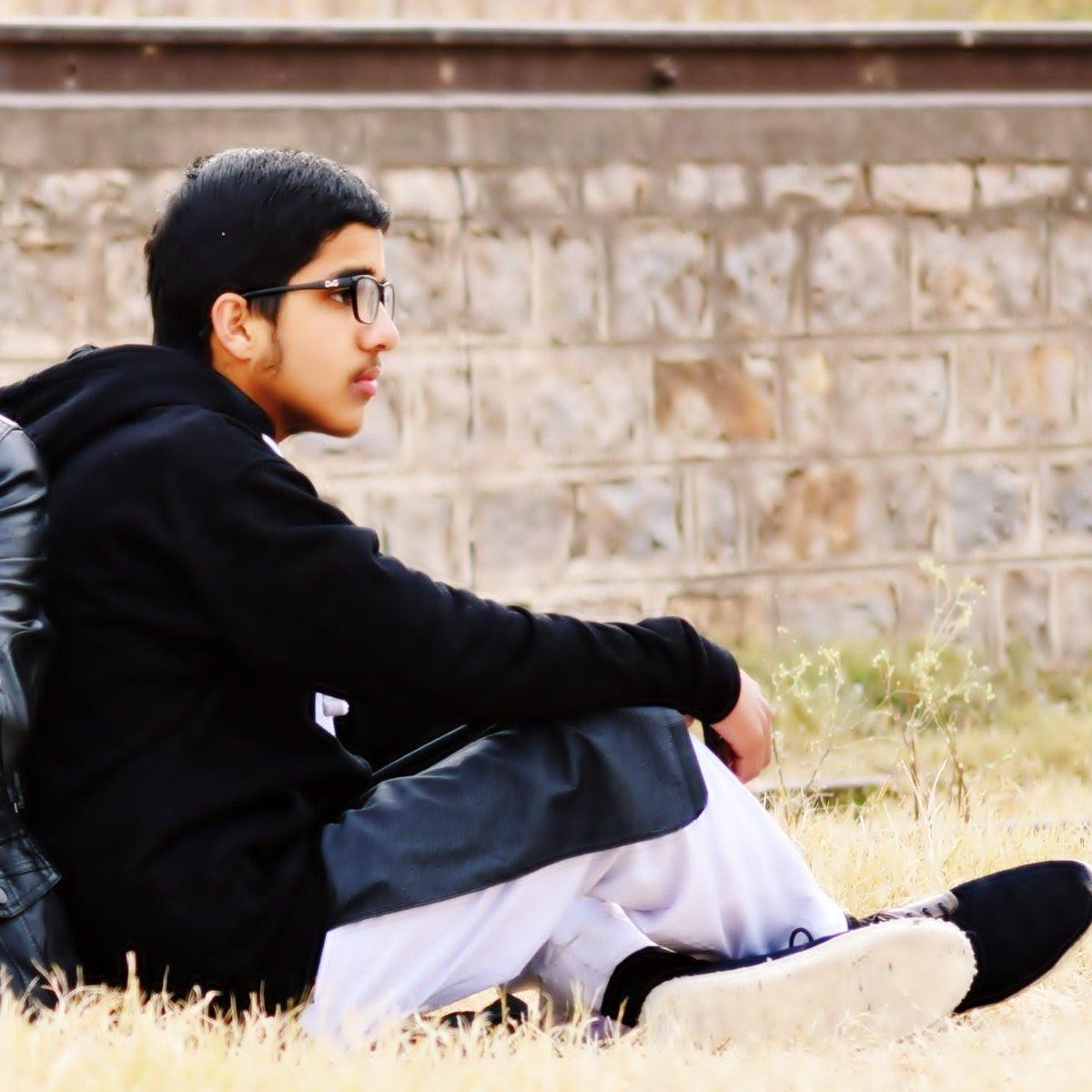 Usman Abbasi on Twitter: #New profile pic😜😜…