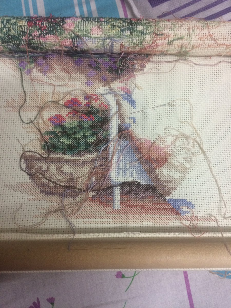 #CrossStitching #ProgressPic #LeisureArts #ThePerfectPatio have been loving my stitching time <br>http://pic.twitter.com/GfMWifaWeB