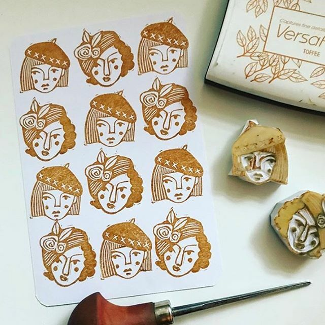 @littlerowanredhead makes the most beautiful prints with hand carved stamps. Head over to her page to see more!⠀ .⠀ .⠀ .⠀ ⠀ #handmade #handmadeinaustralia #madeinaustralia #australianmade #makersmovement #makersgonnamake #handsandhustle #creative… https://ift.tt/387KLN6 pic.twitter.com/6q8Hnj4M1m