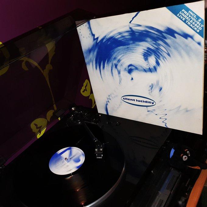 Happy Birthday Geoff Tate 61*! Queensryche - Silent Lucidity (EMI/1990)