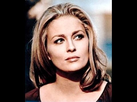 Happy Birthday to Faye Dunaway...
