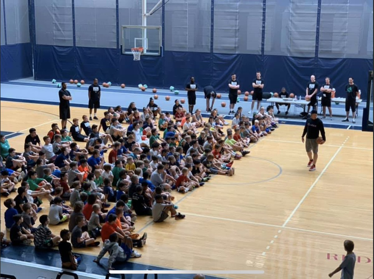 *BREAKING* Tentative dates 4 Smart's huge multi-day summer  clinics have been released.   🔥Mark ur calendars! PreRegistration will open the week of Feb  1 at http://YounGameChanger.com 🔥  Texas clinic @ FM Marcus HS June 15-17 Boston clinic @ Brandeis Univ June 22-24   LETS GO!