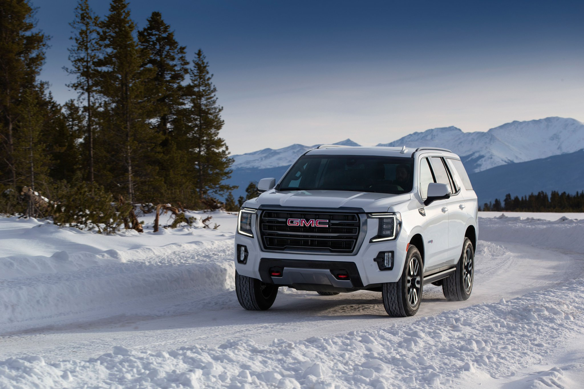 Car And Driver On Twitter New 2021 Gmc Yukon Yukon Xl Get At4 Off Road Trim And A Diesel Engine Https T Co Twe0kpjccw