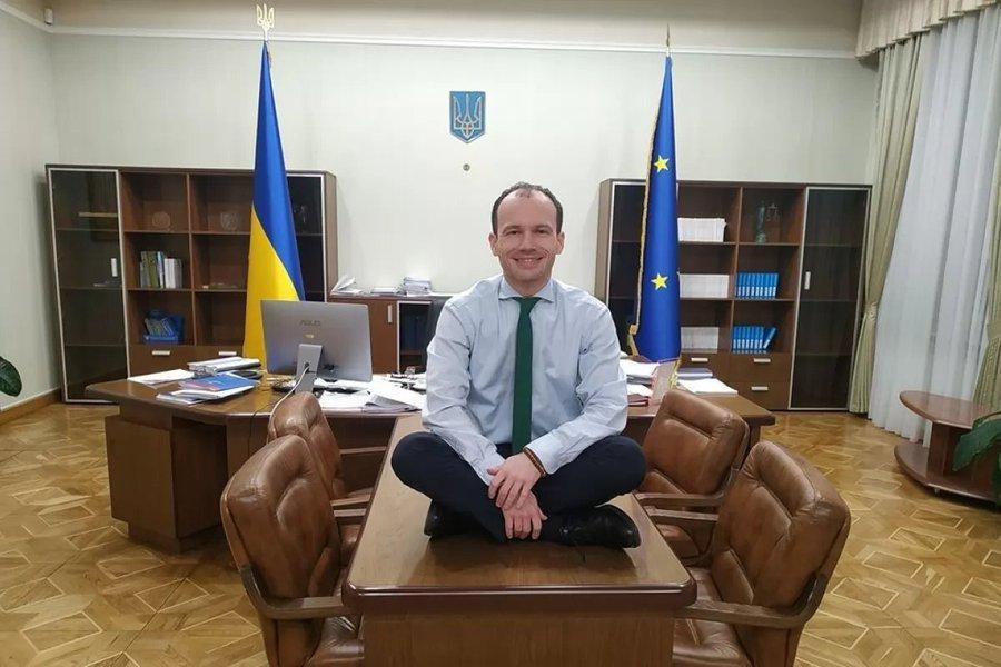 Зеленський своїм указом призначив 53 суддів у місцевих судах - Цензор.НЕТ 7316