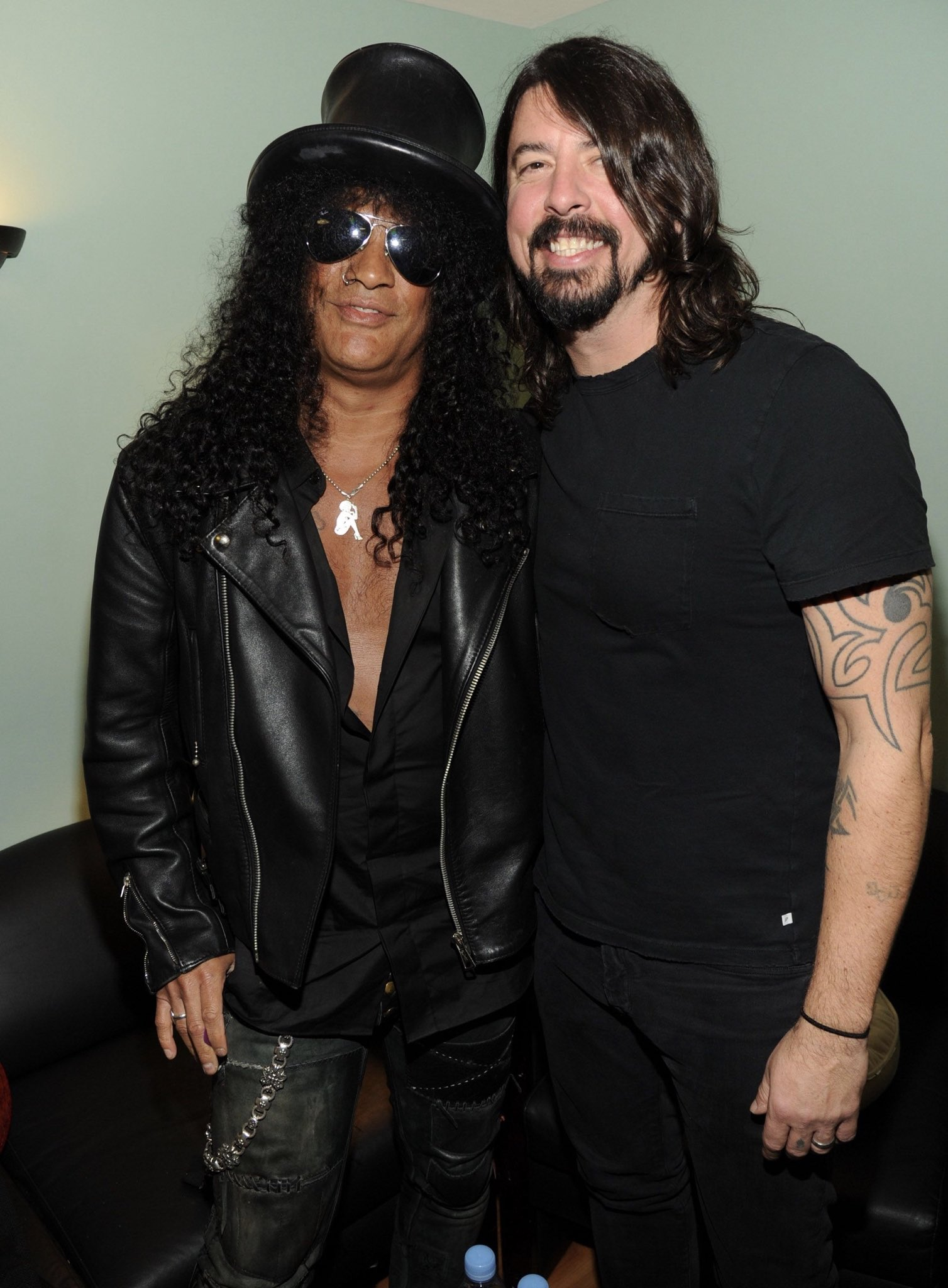 Happy Birthday Dave Grohl!       Credits to the owners