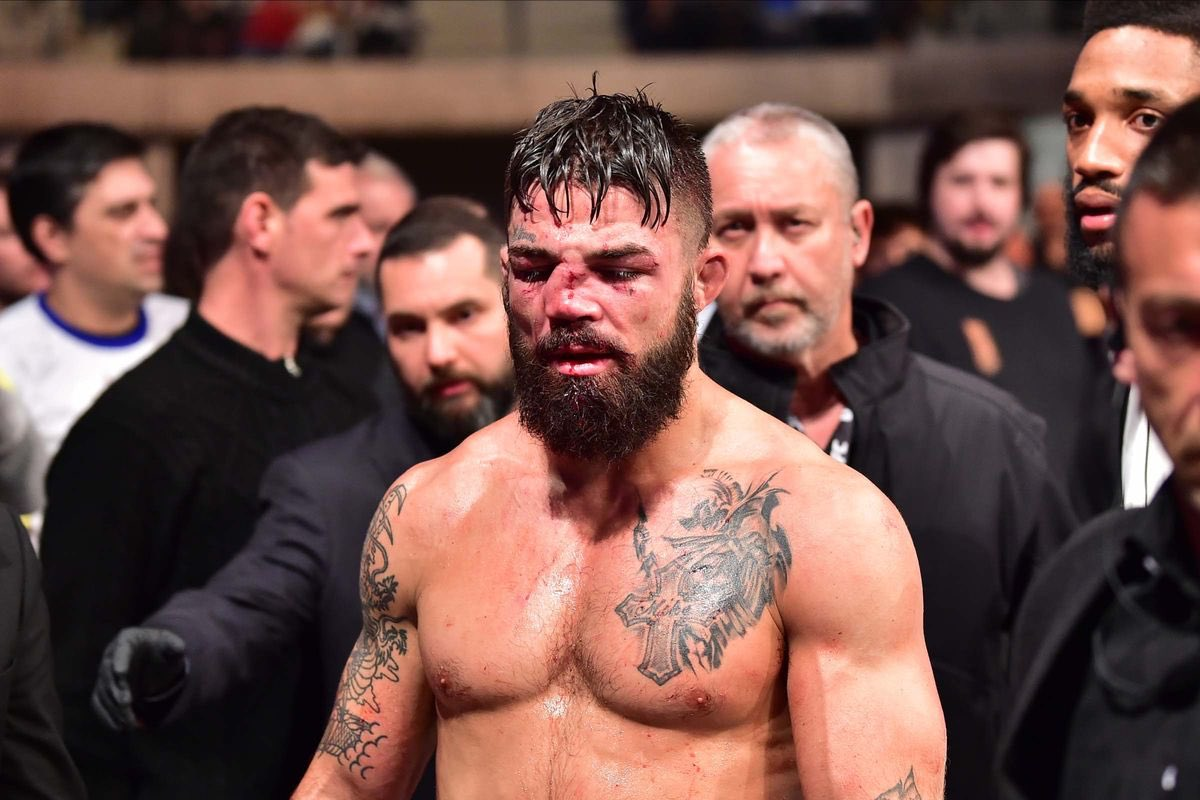 Al Iaquinta v Mike Perry at Submission Underground 11 on Feb.23 2020.