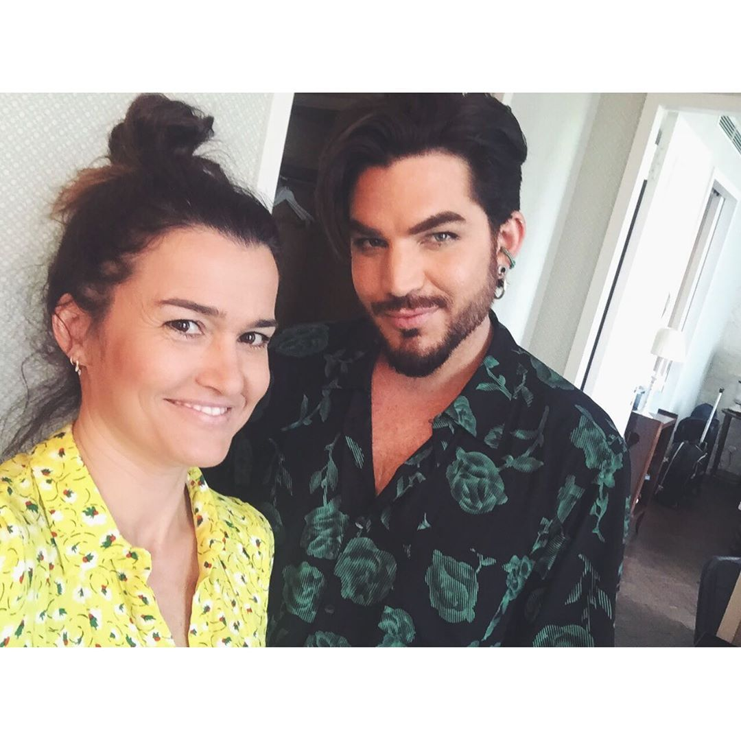 Natalia Del Castillo TV reporter #Berlin natdelcast IG: Me once more looking like a crazy cat lady but @adamlambert being his fierce and glorious self. #adamlambert #adamlambertfans #adamlambertqueen #prosieben #taff #tvinterview https://www.instagram.com/p/BySyQChCCuU/pic.twitter.com/yZTxMFXWp0